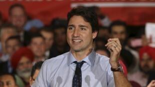Le leader du parti libéral, Justin Trudeau, pourrait bien devenir le prochain Premier ministre du Canada, succédant à Stephen Harper.
