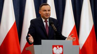 Presidente polaco Andrzej Duda depois do anúncio da activação do artigo 7 da Contituição Europeia, no dia 20 de Dezembro de 2017.