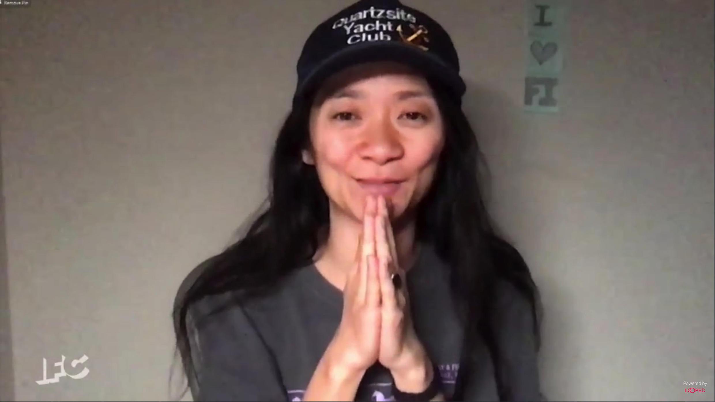 Chloe Zhao, que ganó el premio al mejor director en los Film Independent Spirit Awards, es la favorita para convertirse en la segunda mujer ganadora de la historia de la dirección en los Oscar.