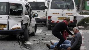 Um carro atropelou pedestres nas ruas de Jerusalém na semana passada.