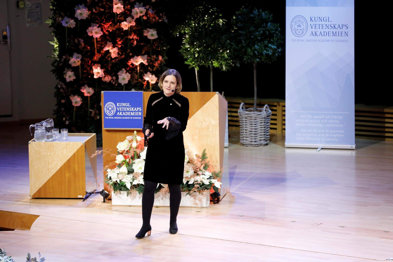 Esther Duflo, lauréate du prix en sciences économiques à la mémoire d'Alfred Nobel, prend la parole à l'Université de Stockholm, en Suède, le 8 décembre 2019.
