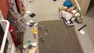 新西兰发生7.8级强震。图为惠灵顿一家庭厨房物品被震碎。2016-11-13
