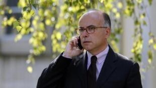 O ministro francês do Interior, Bernard Cazeneuve.