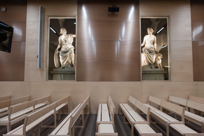 statues salle procès 13-novembre