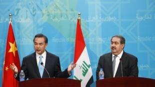 """هوشیار زیباری، وزیر امور خارجۀ عراق و  """"وانگ یی"""" وزیر امور خارجۀ چین"""