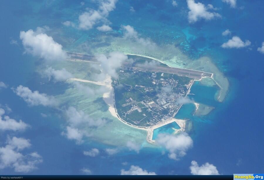 Ảnh chụp từ vệ tinh đảo Phú Lâm thuộc quần đảo Hoàng Sa của Việt Nam hiện Trung Quốc chiếm giữ.