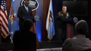 美國國防部長奧斯汀與參謀長聯席會議主席米利資料圖片