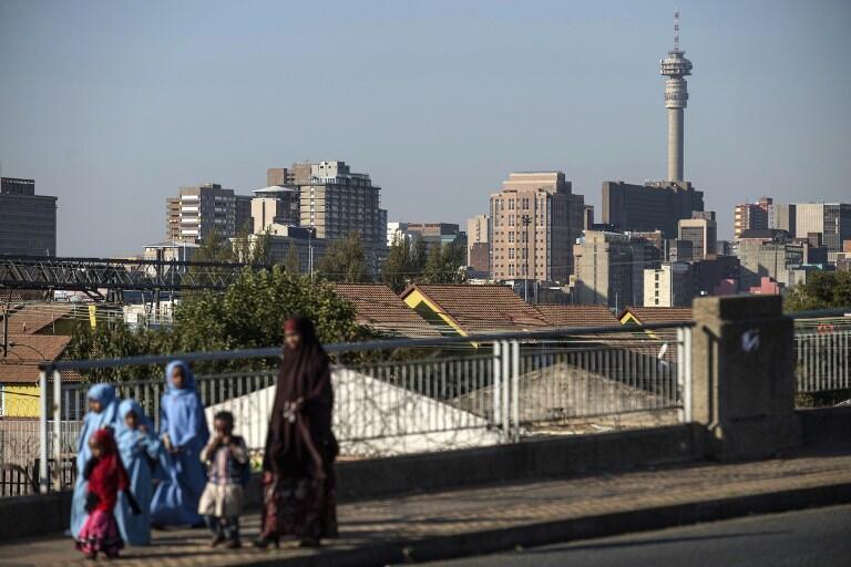 Le gouvernement sud-africain a fait du très bon travail pour élargir la classe moyenne noire en utlisant la fonction publique sauf qu'aujourd'hui l'Etat n'a plus les moyens.