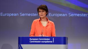 Marianne Thyssen, en conférence de presse à Bruxelles, le 13 mai 2015.