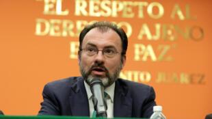 Ngoại trưởng Mêhicô Luis Videgaray phản ứng về việc Mỹ đề xuất đánh thuế 20% đối với hàng hóa Mêhicô, ngày 26/01/2017 tại Washington.