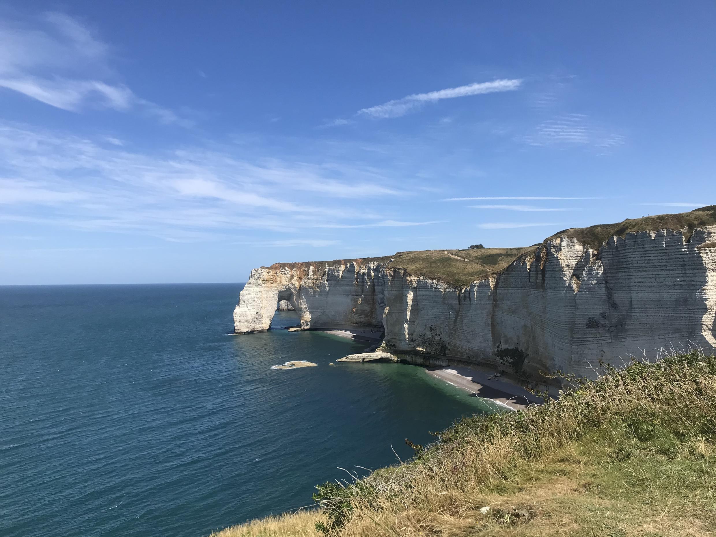Bờ biển Manche, nhìn từ Etretat, Pháp.