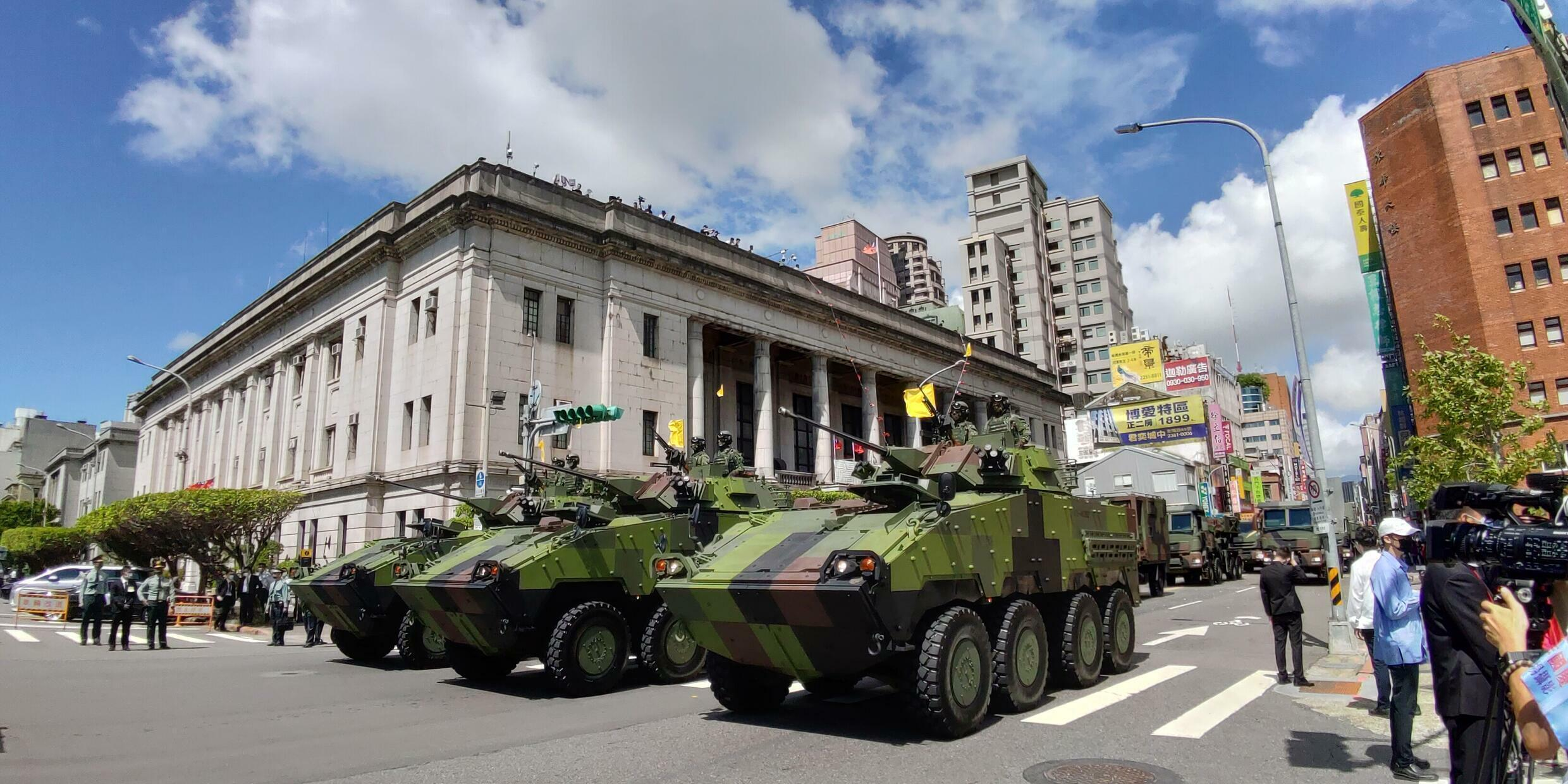 taiwan-parade-militaire-fete-nationale