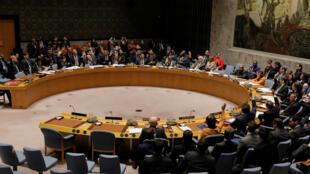 Rússia e China vetam projeto de resolução na ONU que viabiliza entrada de ajuda humanitária