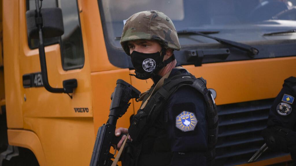 Balkans: les troupes serbes placées en alerte à la frontière avec le Kosovo