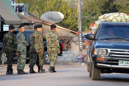 L'armée thaïlandaise a été mobilisée autour du camp de Huay Nam Khao (nord-est), pour cette opération unanimement condamnée par la communauté internationale.