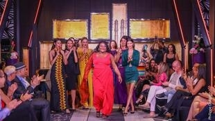 Sarah Codjo, (ici lors du final du Casa Fashion Show 2019) est créatrice de mode et d'accessoires au Bénin.