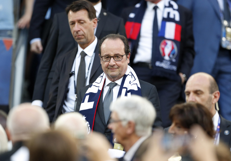 Президент Франции Франсуа Олланд на матче Франция-Германия, Марсель, 7 июля 2016 г.