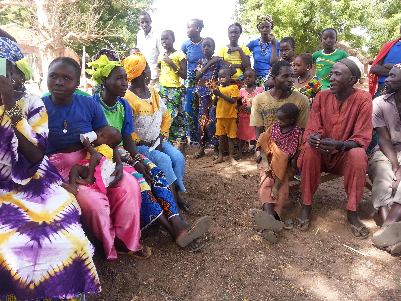 Des villageois de Kouthiacoto, dans le département de Tambacounda au Sénégal, en 2019. (illustration)