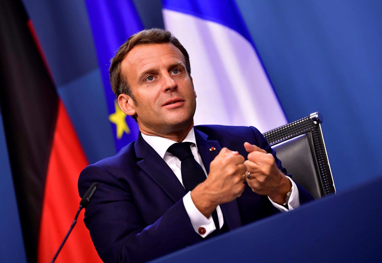 Эмманюэль Макрон после европейского саммита в Брюсселе, 21 июля 2020 года.