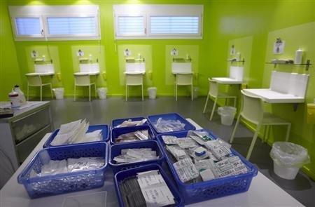Espaço para consumo de drogas perto de Genebra, na Suíça.