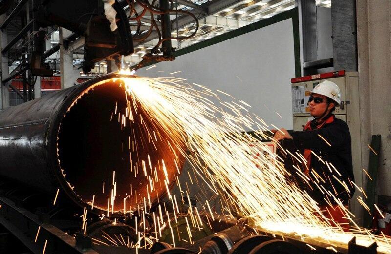 A economia chinesa superado a dos Estados Unidos em 2013, segundo autoridades de Pequim.