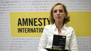 Geneviève Garrigos, présidente d'Amnesty international France, l'ONG qui lance aujourd'hui sa campagne «France: destination impunité».