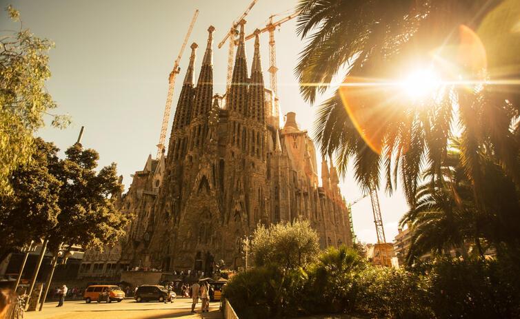 Vương Cung Thánh Đường Sagrada Familia tại Barcelona.