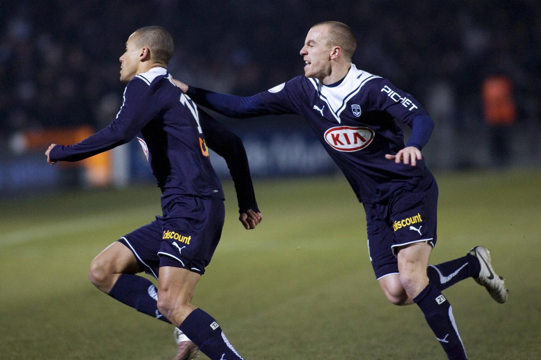 Mathieu Chalme poursuit Wendel, auteur d'un doublé contre Saint-Etienne.