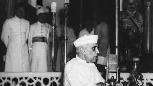 "Jawaharlal Nehru delivers his ""Tryst with Destiny"" speech on 15 August 1947 in New Delhi."