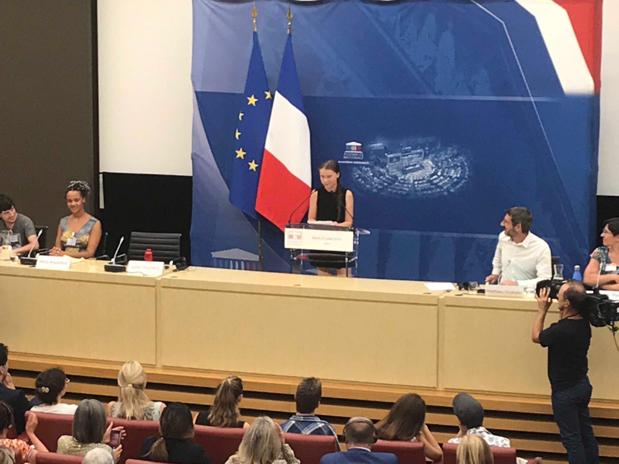 Voz e a vez da juventude – Greta Thunberg manda uma mensagem para jovens brasileiros