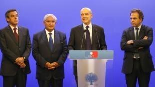 François Fillon, Alain Juppé, Jean-Pierre Raffarin Jiga jigan Jam'iyyar UMP mai adawa a Faransa