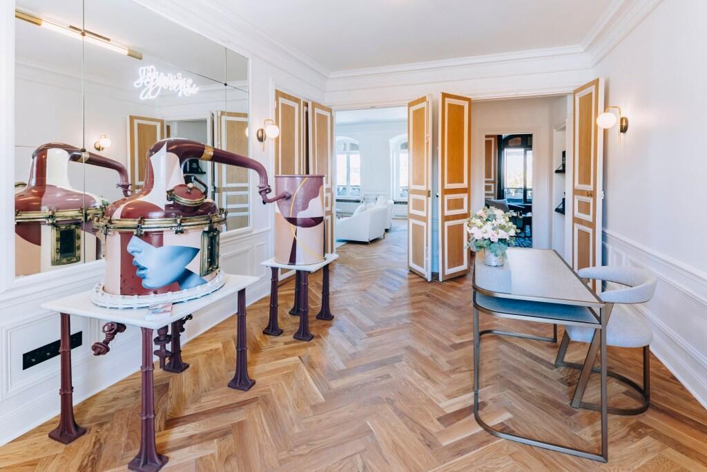 """Entrada del """"showroom"""" de Symrise, en París."""