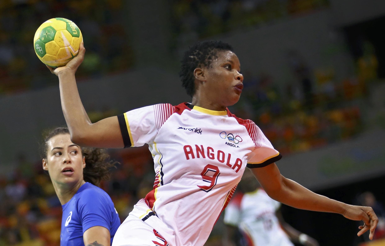 Natália Bernardo, jogadora da Selecção Angolana de andebol.