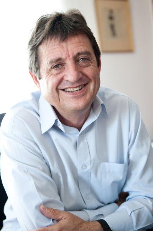 Gilles Poux, maire de La Courneuve, en Seine-Saint-Denis, dans le nord de Paris.