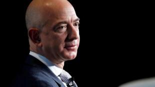 Ryad dément avoir piraté le téléphone du patron d'Amazon, Jeff Bezos (notre photo).
