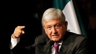 Presidente mexicano Andrés Manuel López Obrador dando un discurso