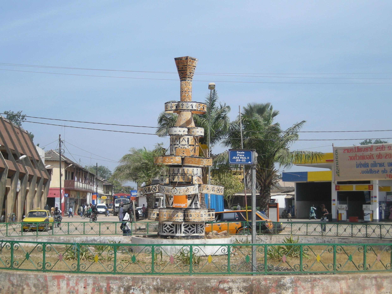 Centre-ville de Ziguinchor, au Sénégal.