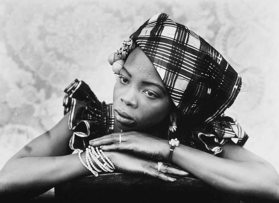 Le photographe malien Seydou Keita s'expose au Grand Palais à Paris.