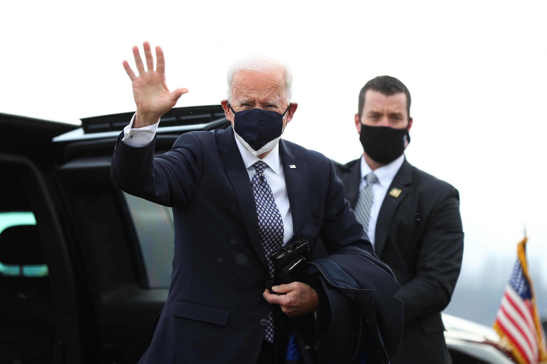 Rais wa Marekani Joe Biden akirejea nyumbani baada ya kukagua Chanjo aina ya Pfizer Michigan U.S. February 19 2021.