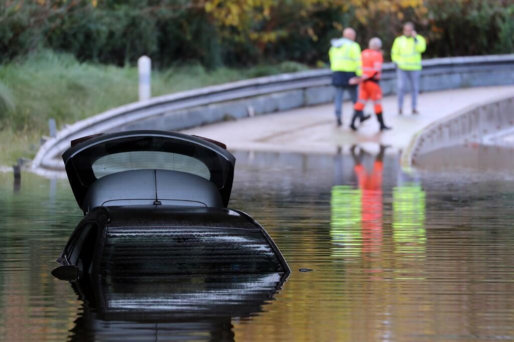 Cheias e inundações fazem 6 mortos no sudeste de França