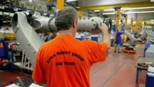 Chaine de production d'une usine de fabrication de robots en Allemagne.