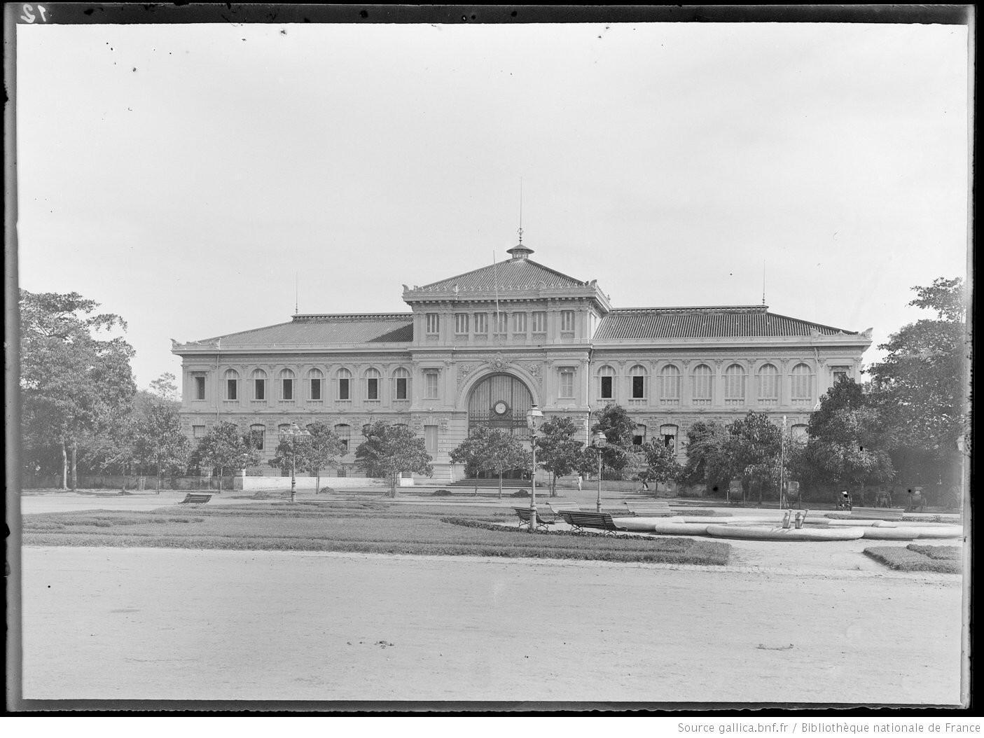 Bưu điện Sài Gòn. Ảnh chụp năm 1895.