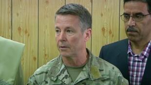 ژنرال اسکات میلر فرماندۀ آمریکایی نیروهای ناتو در افغانستان