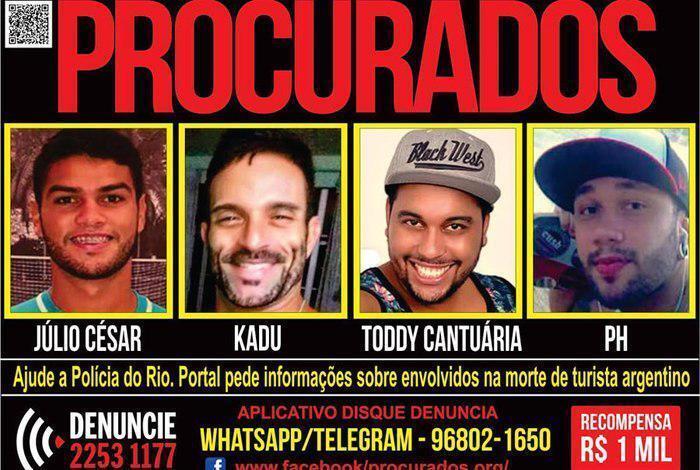 Os quatro foragidos após a morte do turista argentino em briga de boate, no Rio de Janeiro.