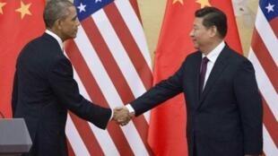 Rais wa Marekani Barack Obama na mwenzake wa China Xi Jinping Novemba 12, 2014 Beijing.