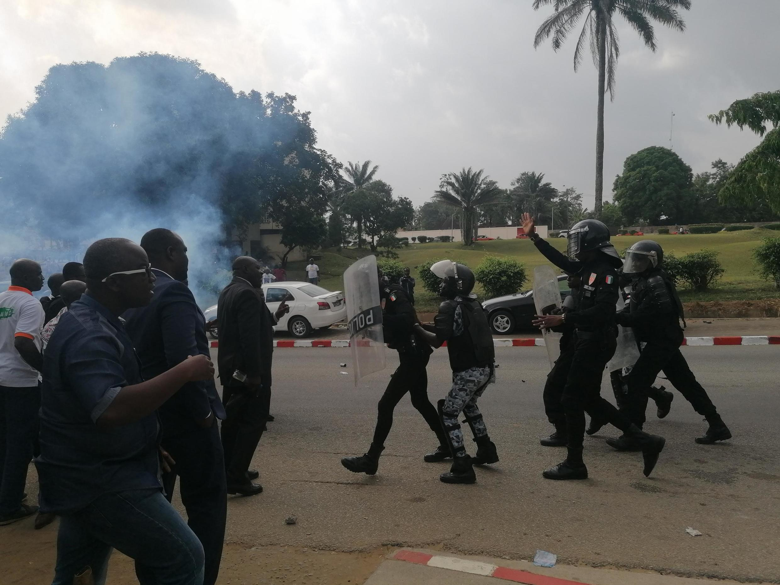 Côte d'Ivoire's security forces charged at supporters outside the headquarters of Guillaume Soro's GPS movement in Abidjan, 23 December 2019.