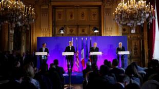 Từ trái qua : Ngoại trưởng  Qatar,  Al Thani, Mỹ, John Kerry, Pháp Jean Marc Ayrault, Đức Frank-Walter Steinmeier họp báo sau hội nghị Paris về Syria ngay 10/12/2016.