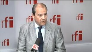 Jean-Christophe Cambadélis, député du 19ème arrondissement de Paris, secrétaire national du PS à l'Europe et aux relations internationales.