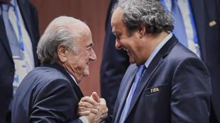 Sepp Blatter y Michel Platini en junio de 2015.