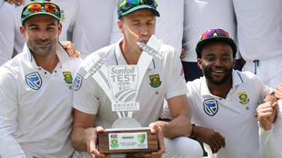 Cricket - South Africa v Australia - Fourth Test - Wanderers Stadium, Johannesburg, South Africa - April 3, 2018 South Africa's Morne Morkel celebrates with the trophy and team mates after winning the series